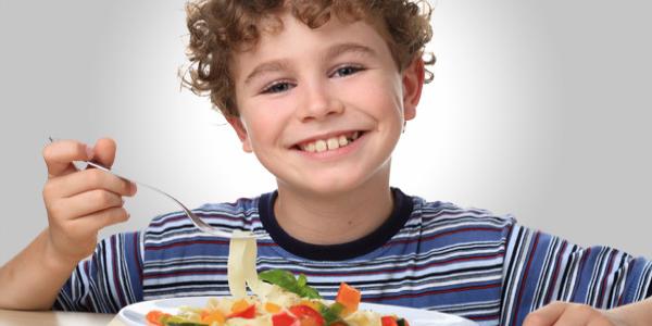 4 triky pro přípravu neodolatelných těstovin, které budou (nejen) děti milovat